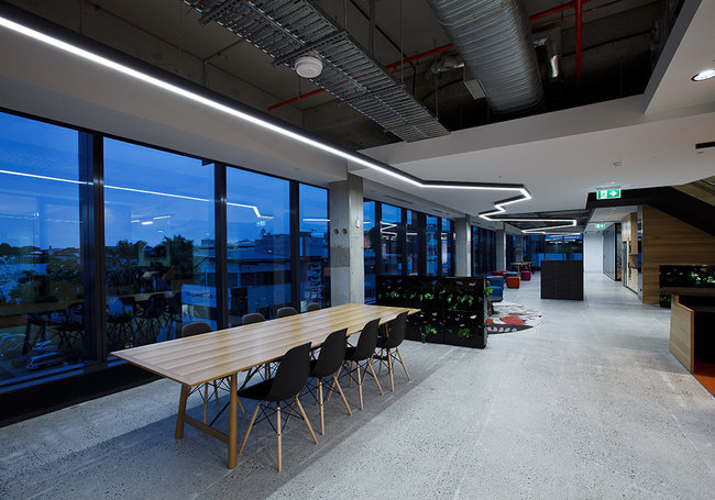 Pdt McLachlan Street Office - Brisbane, Australia